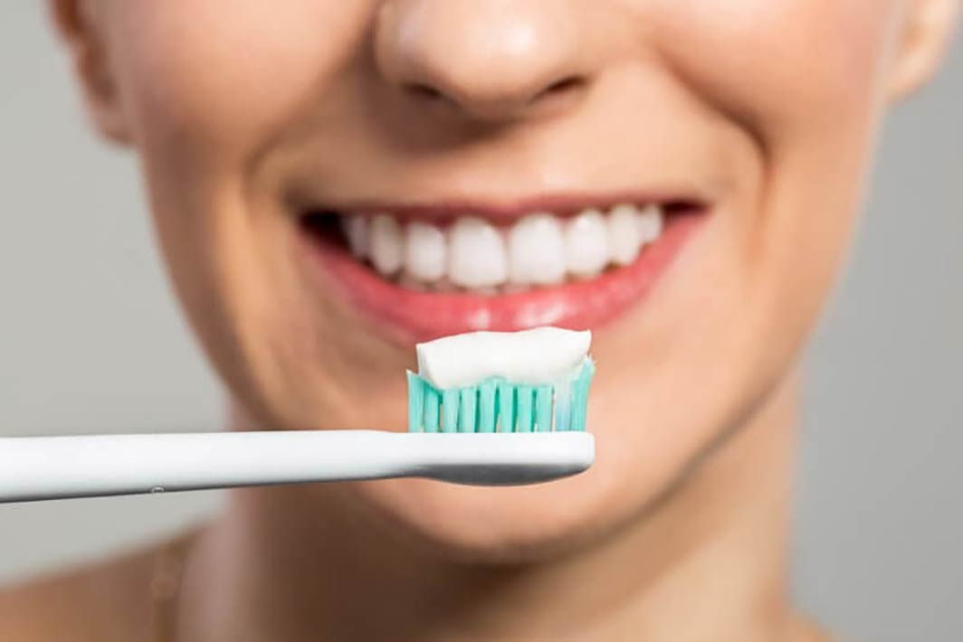 مهمترین ویژگی یک خمیر دندان استاندارد چیست ؟