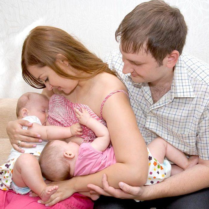 شیردهی به نوزادان دو قلو و چند قلو