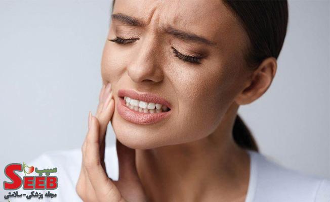 علت درد دندان هنگام فشار دادن