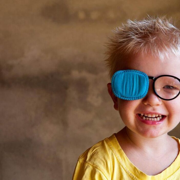 انحراف چشم یا استرابیسم، راه کار ها و روش های درمان