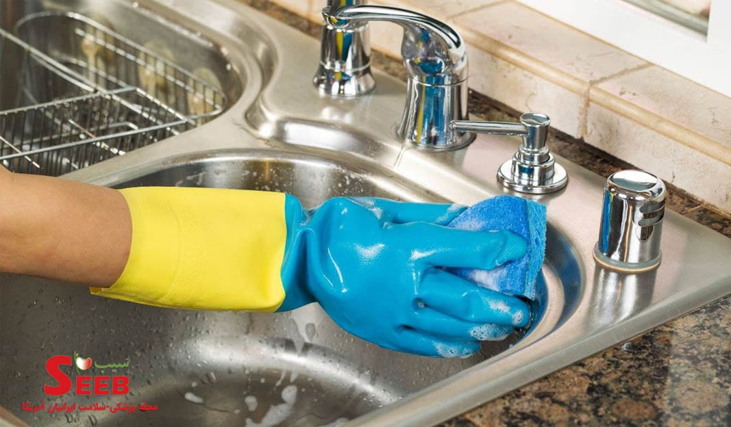آلودگی های میکروبی در آشپزخانه و راه های پاکسازی آن کدامند ؟